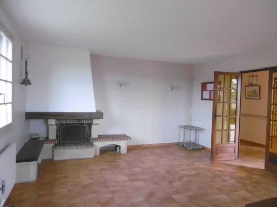 Villa 122 m² - FEILLENS 01570