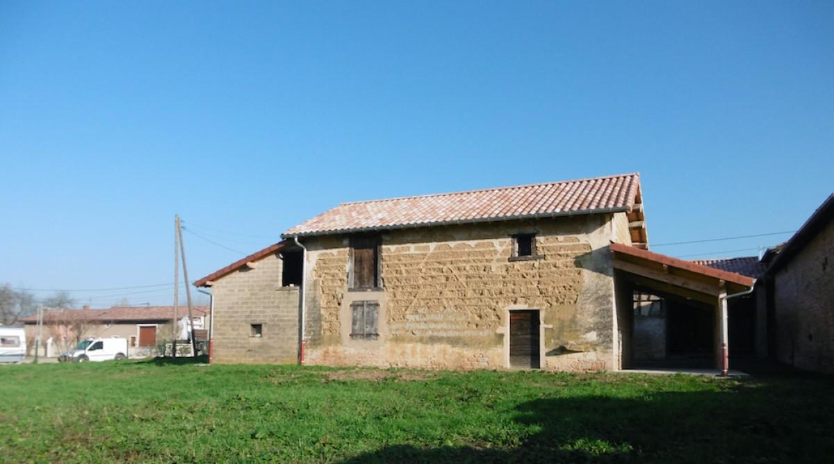 Maison a rénover - OZAN 01190
